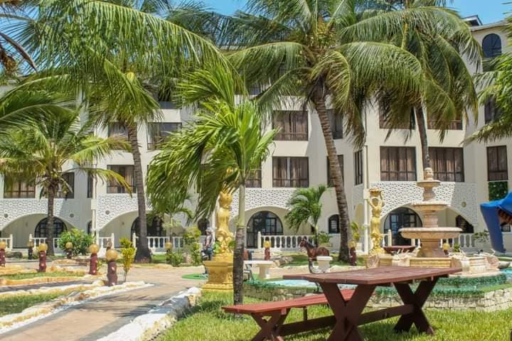 Salama Bling Beach Resort
